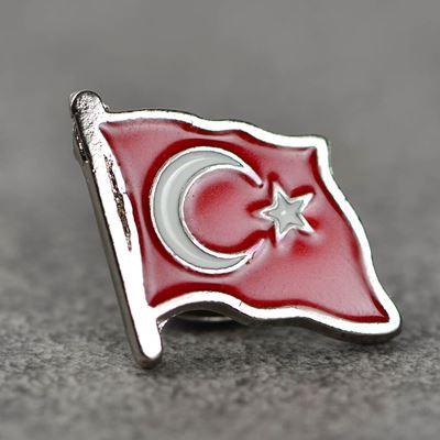 turk-bayragi-rozet-2